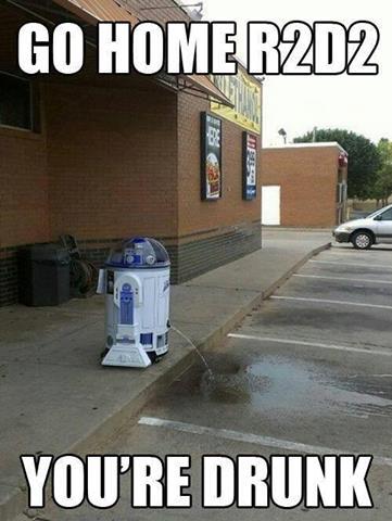 R2D2 Peeing